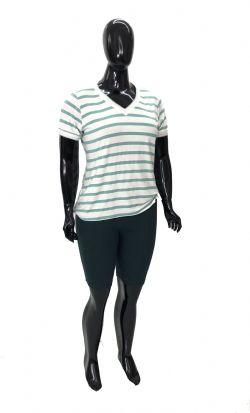 Bermuda Plus Size de Cotton Ref 02777 / Blusa Plus Size Listrada Ref 02946